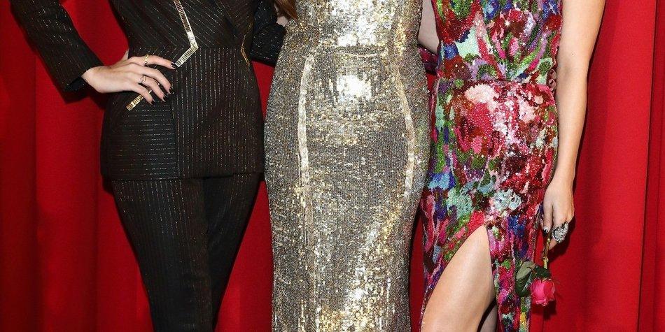 Selena Gomez und Vanessa Hudgens sexy in Berlin