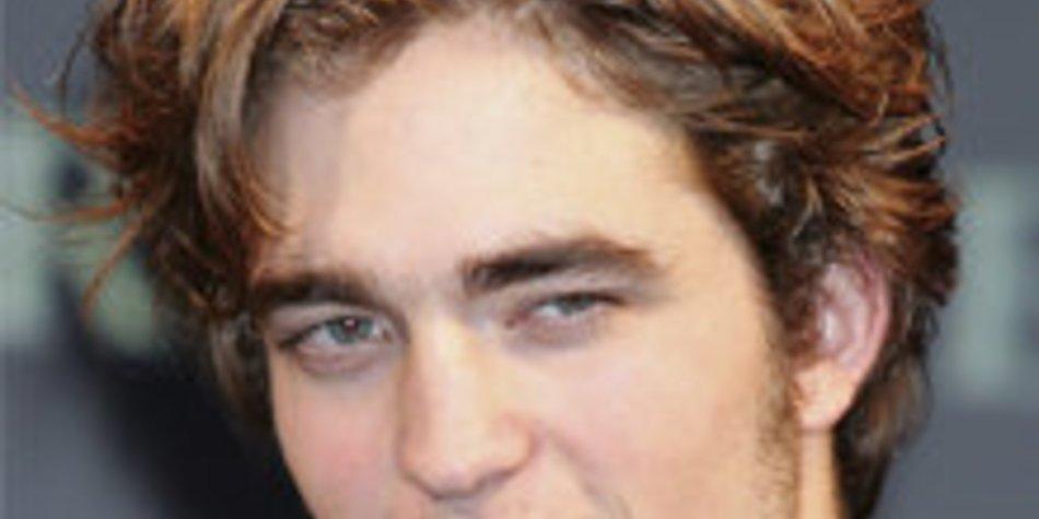 Robert Pattinson: Keine Konkurrenz für George Clooney