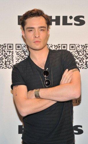 Ed Westwick auf der Mercedes-Benz Fashion Week 2012
