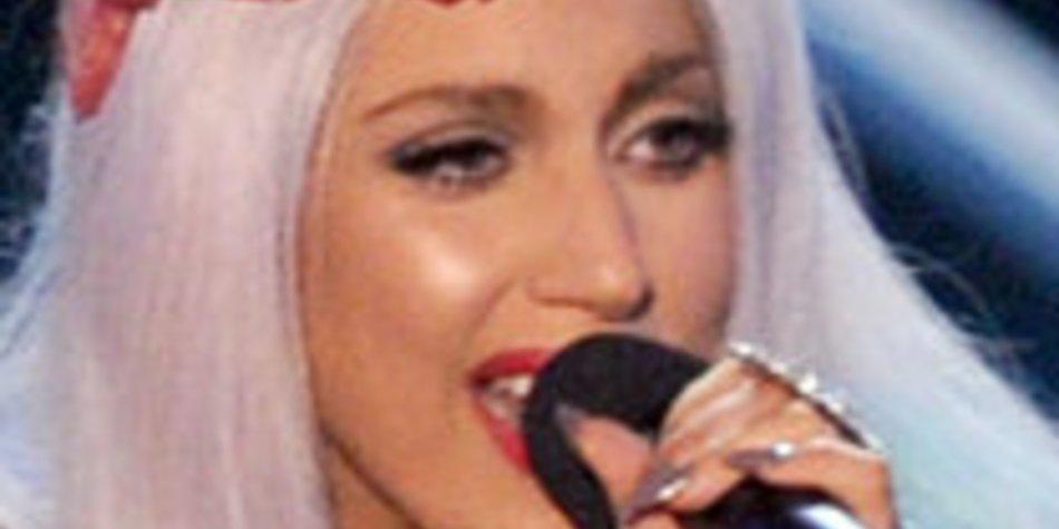 Lady Gaga: Fast nackt am Flughafen