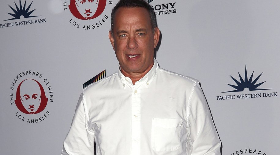 WESTWOOD, CA - SEPTEMBER 19: Actor Tom Hanks attends the 26th Annual Simply Shakespeare benefit at Freud Playhouse, UCLA on September 19, 2016 in Westwood, California. (Photo by David Livingston/Getty Images)