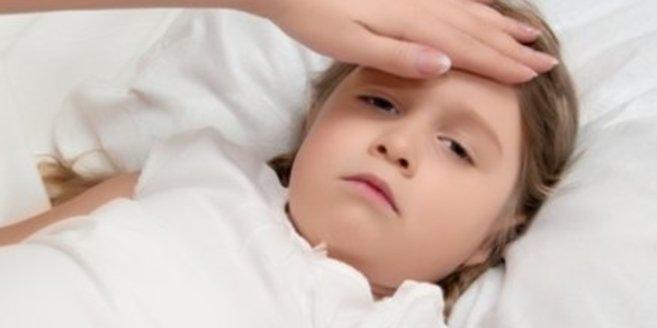 Ein krankes Kind braucht Pflege durch die Eltern.