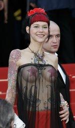 Tätowierte Brustwarzen sind heutzutage keine Seltenheit mehr.