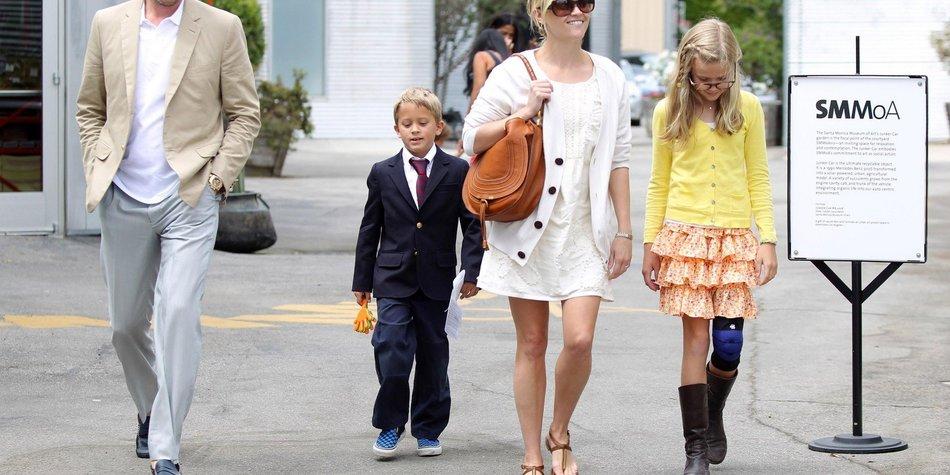 Reese Witherspoon: Wie ihre Kinder mit Paparazzi umgehen