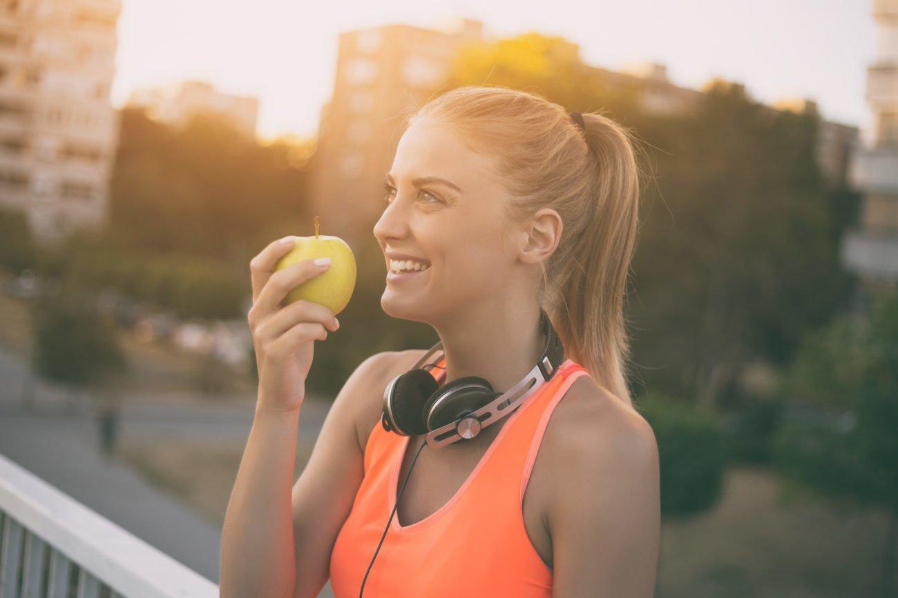 Apfel-Diät mit Sport kombinieren