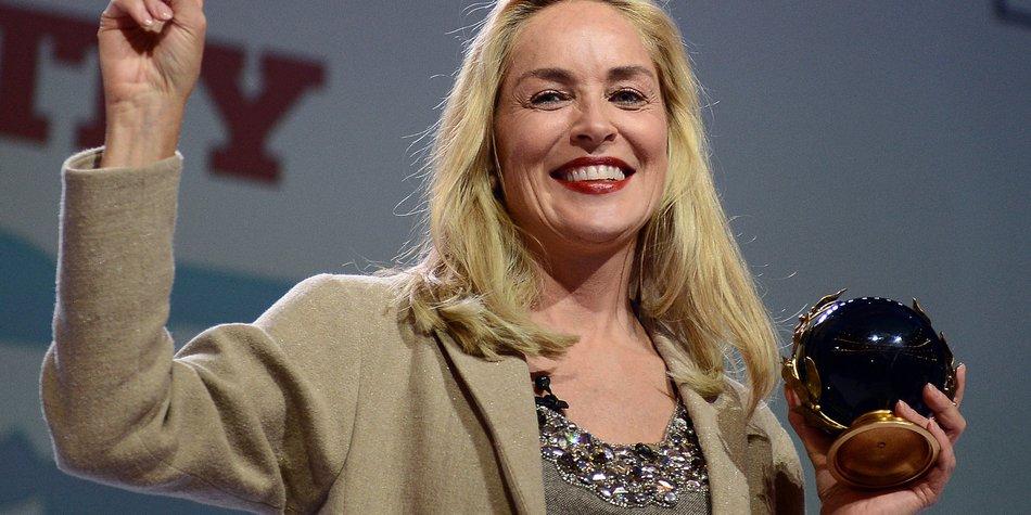 Sharon Stone hat den Peace Summit Award erhalten