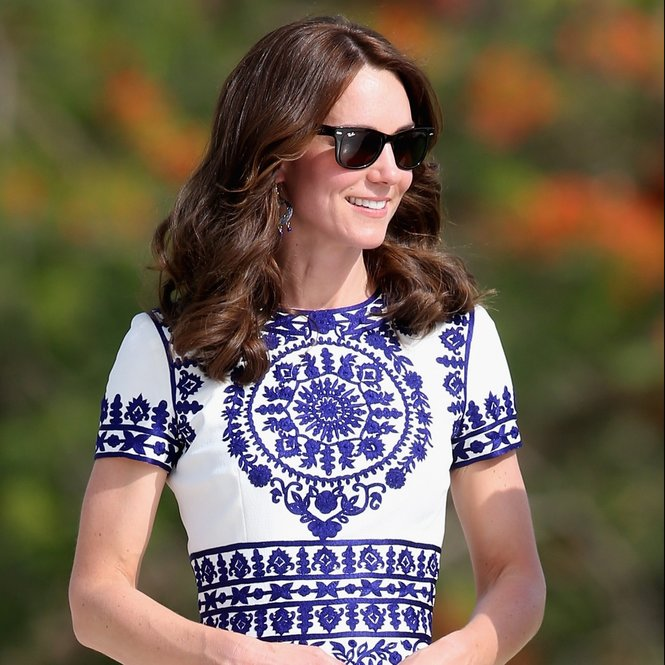 AGRA, INDIA - APRIL 16:  Catherine, Duchess of Cambridge walks in front of the Taj Mahal on April 16, 2016 in Agra, India. This is the last engagement of the Royal couple after a week long visit to India and Bhutan that has taken them in cities such as Mumbai, Delhi, Kaziranga, Bhutan and Agra.  (Photo by Chris Jackson/Getty Images)