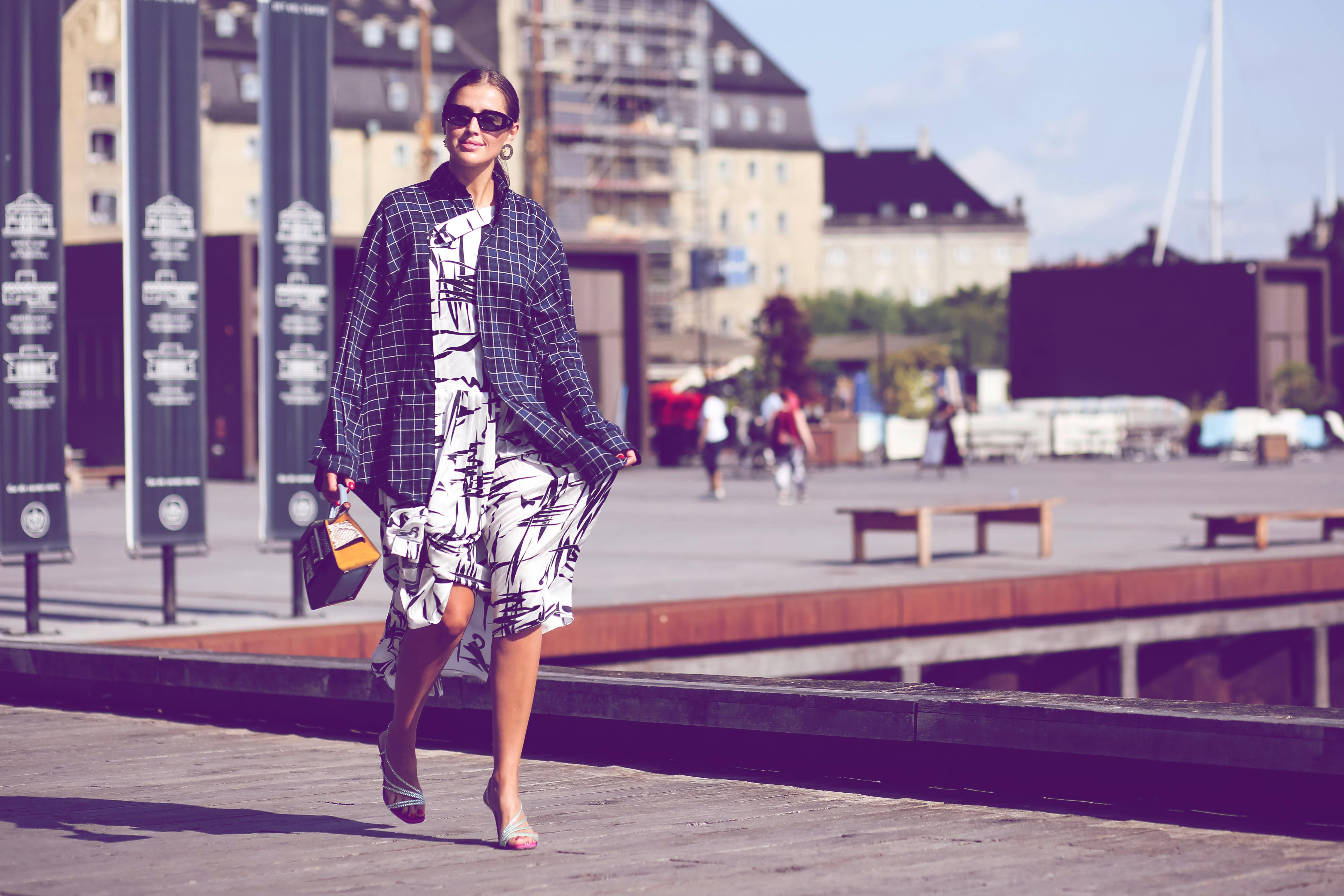 Hemdjacken sind der Frühlingstrend 2020: Die schönsten von H&M & Co.!   desired.de