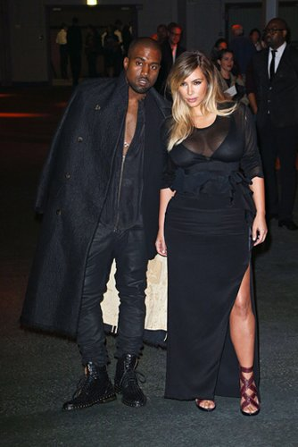 Kim Kardashian und Kanye West bei der Pariser Fashion Week