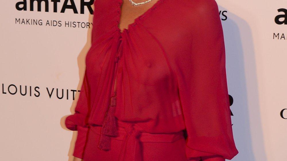 Kate Moss wird nass gemacht
