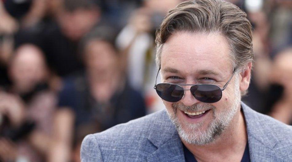"""Russell Crowe stellt in Cannes seinen neuen Film """"The Nice Guys"""" vor."""