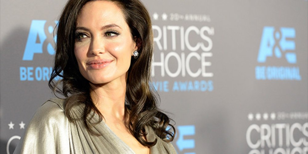 Critics' Choice Awards 2015 Angelina Jolie