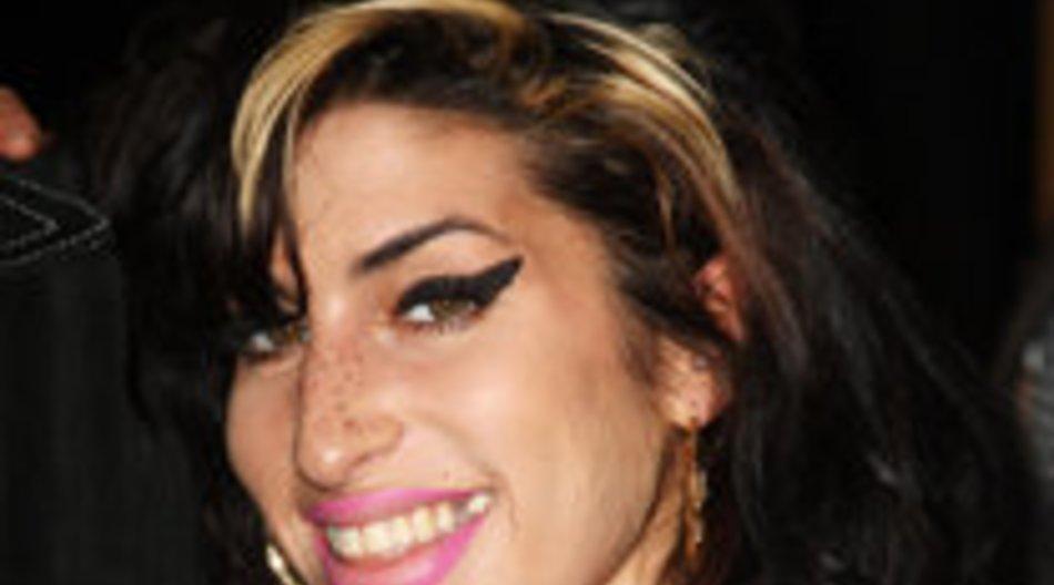 Amy Winehouse zu Treffen gezwungen