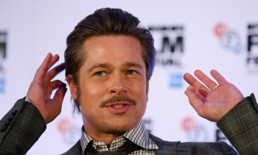 Brad Pitt beantwortet Fragen