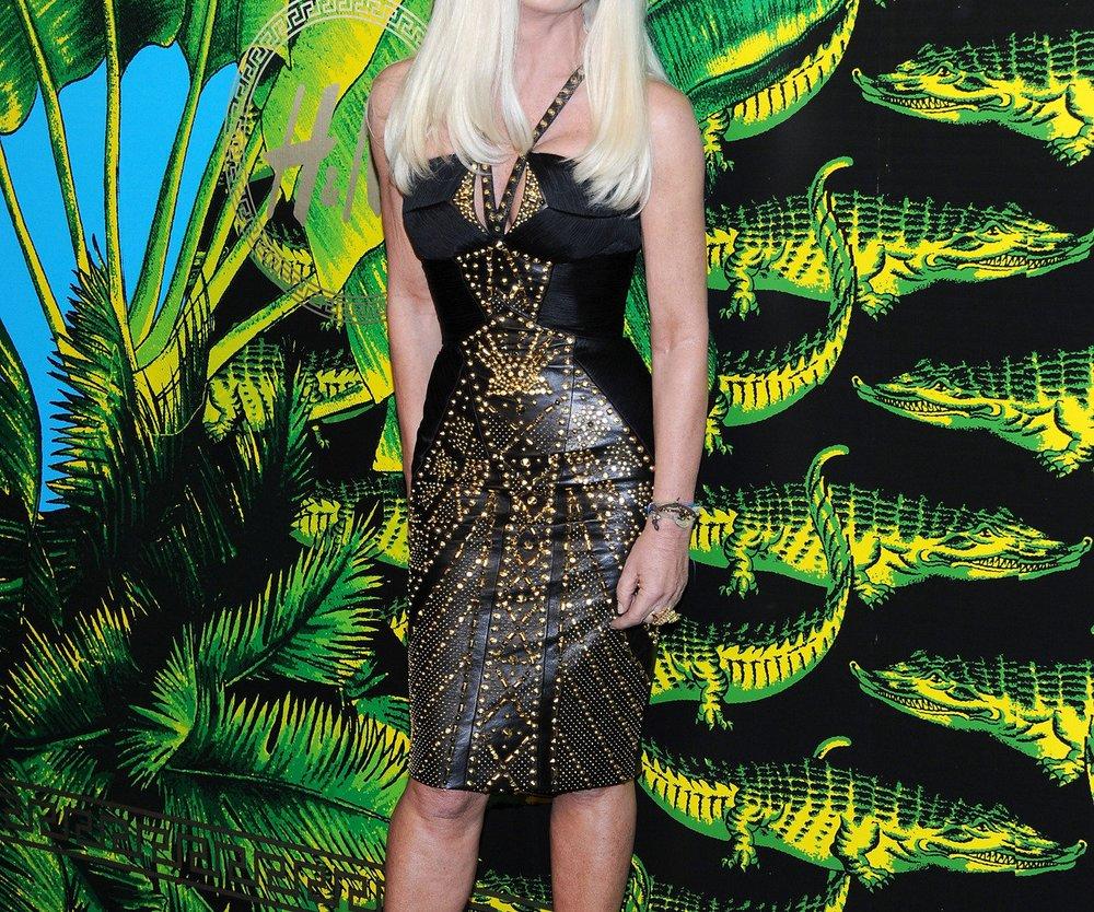 Versace seit gestern bei H&M: Totale Hysterie