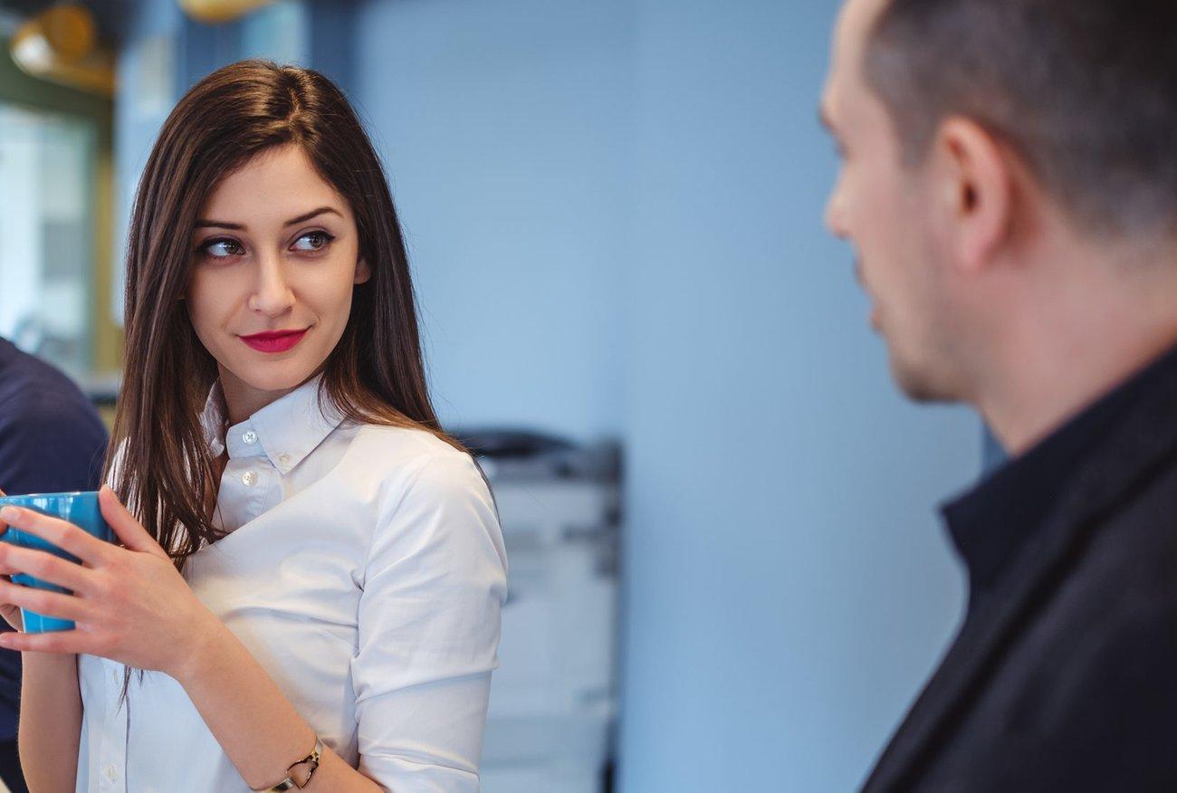 Flirt im Büro