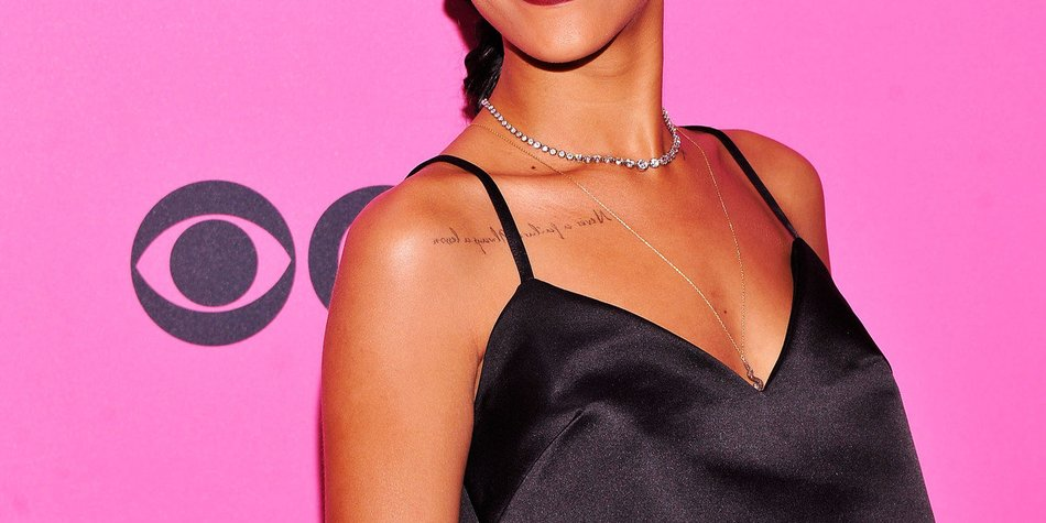 Rihanna: Auf der Bühne ausgebuht