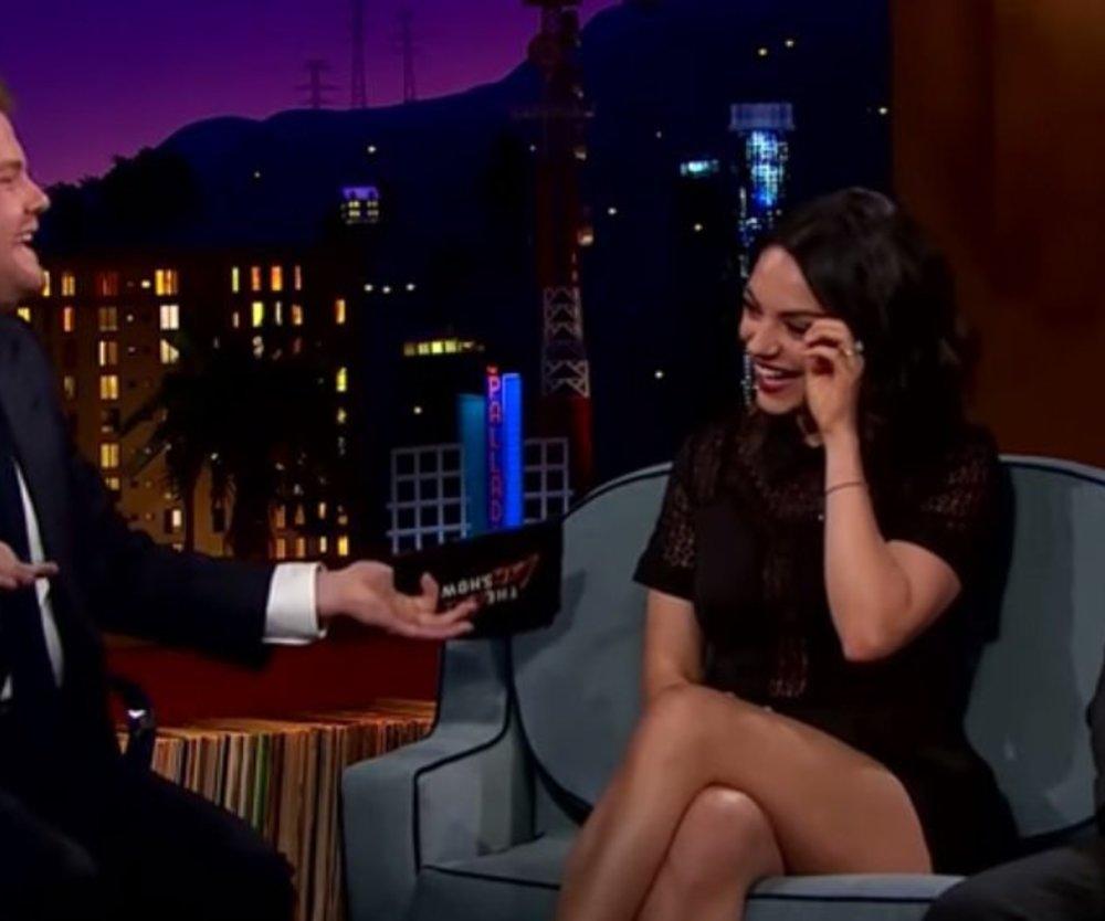 Mila Kunis zeigt ihren Ehering