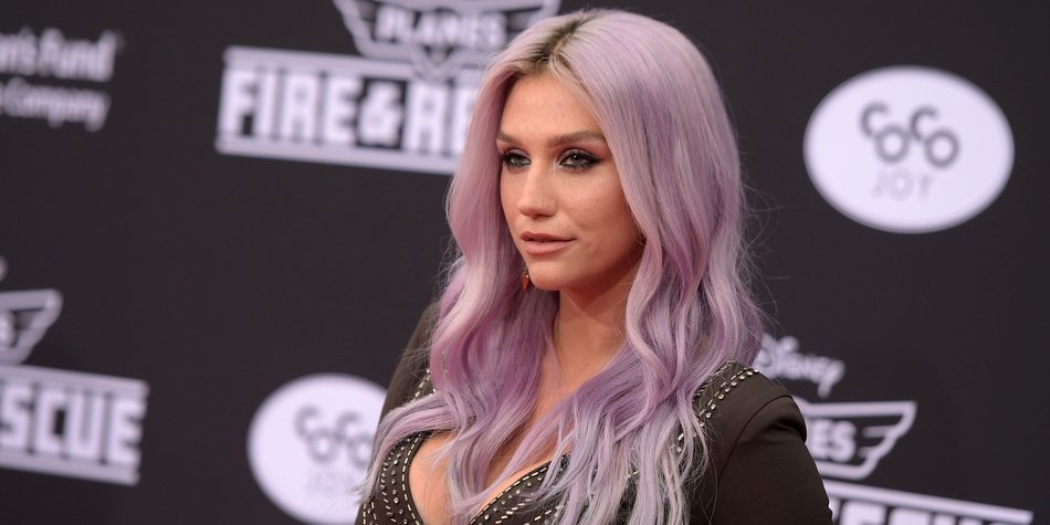 "HOLLYWOOD, CA - JULY 15: Singer/songwriter Kesha attends the premiere of Disney's ""Planes: Fire & Rescue"" at the El Capitan Theatre on July 15, 2014 in Hollywood, California. (Photo by Jason Kempin/Getty Images)"
