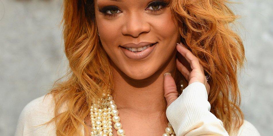 Rihanna feiert ihren Geburtstag als sexy Schneehäschen in Aspen