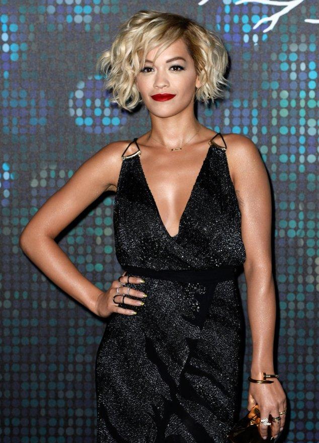 Rita Ora auf einer Party in Cannes