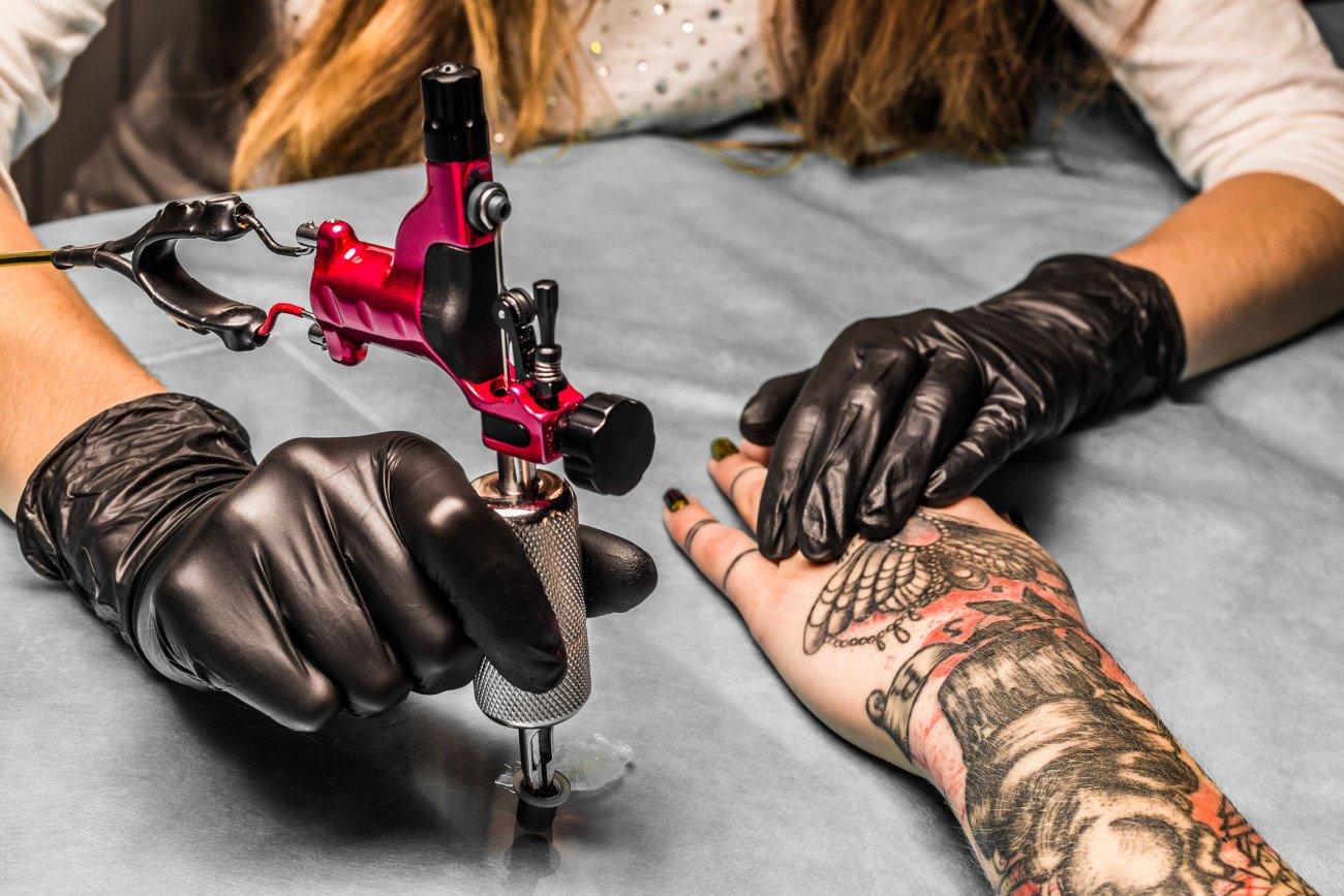 Ehering-Tattoos