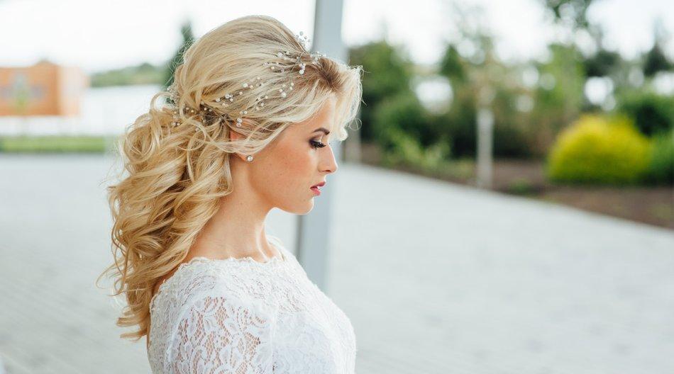 Brautfrisuren halboffen