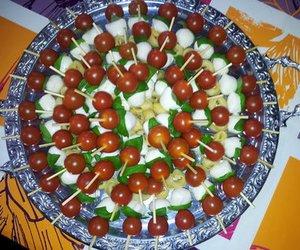 Tomate-Mozzarella-Spießchen