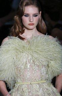 Haute Couture Paris: Elie Saab gedenkt seiner Vergangenheit