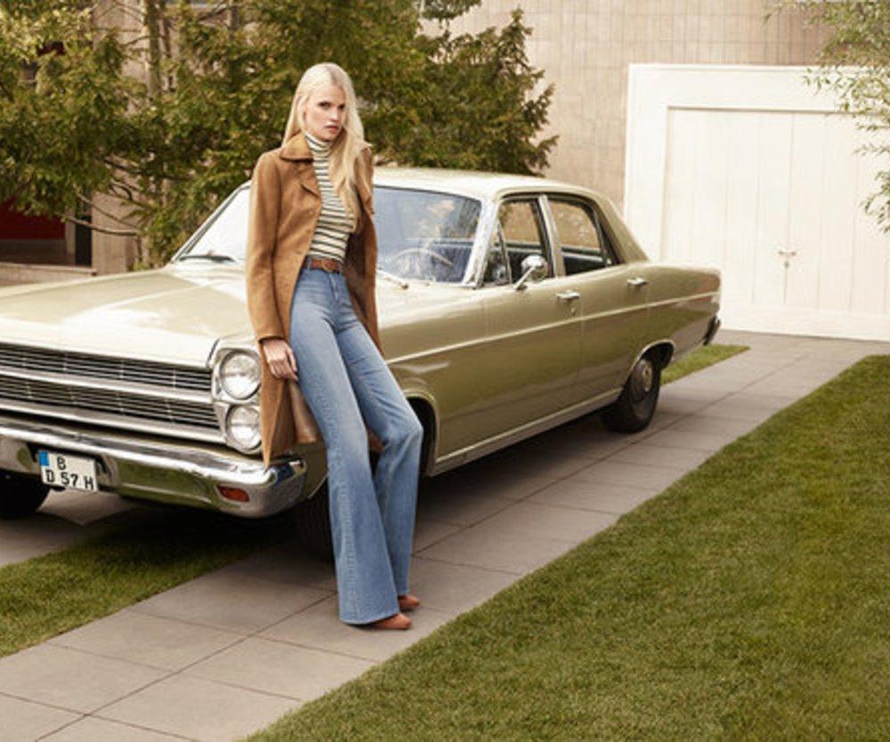 H&M Herbst: Lara Stone in der Vorstadt