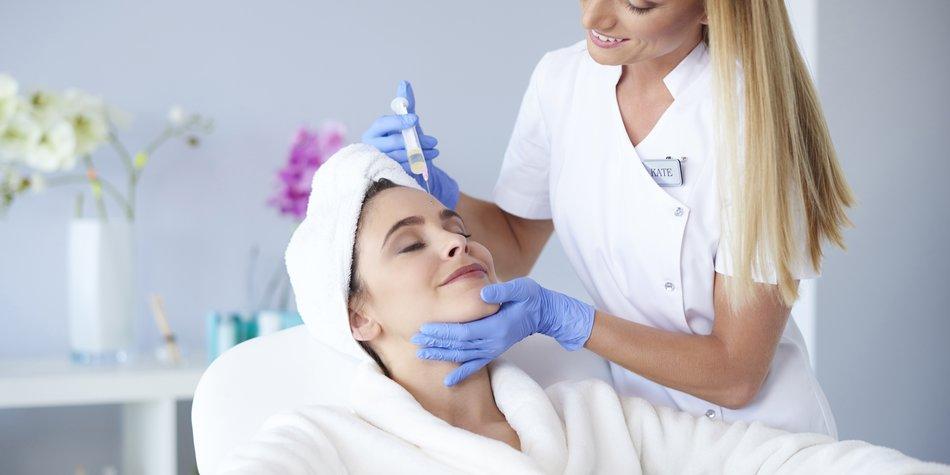 in einigen Douglas-Filialen sollen bald Botox-Behandlungen möglich sein.