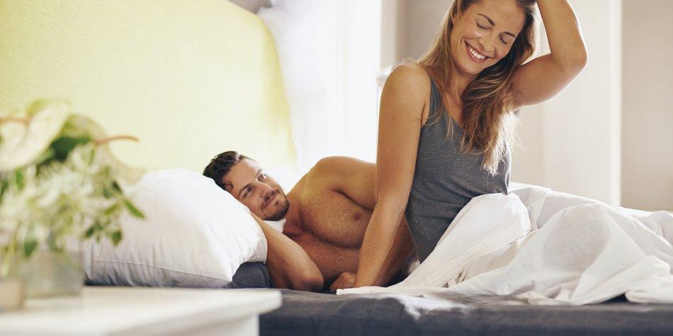 Freundschaft Plus: Paar im Bett