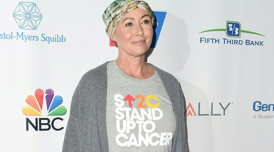Actress Shannen Doherty attend the Stand Up To Cancer (SU2C) event on September 9, 2016, at the Walt Disney Concert Hall in Los Angeles, California. / AFP / Valerie MACON (Photo credit should read VALERIE MACON/AFP/Getty Images)