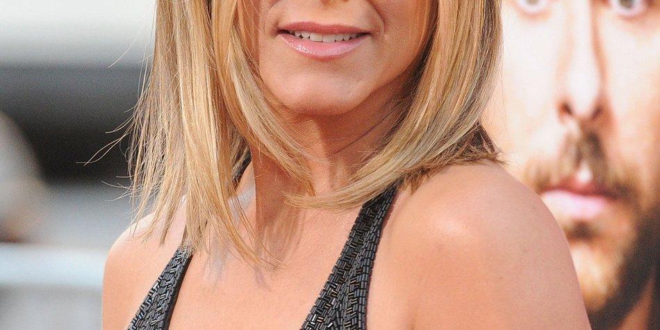 Jennifer Aniston gesteht Nasen-OP