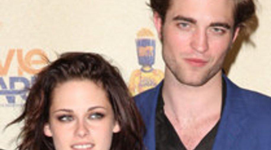 """Robert Pattinson besuchte Kristen Stewart am Set von """"On the Road"""""""