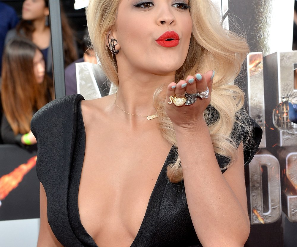 "Rita Ora enthüllt Details aus ""Shades of Grey"""