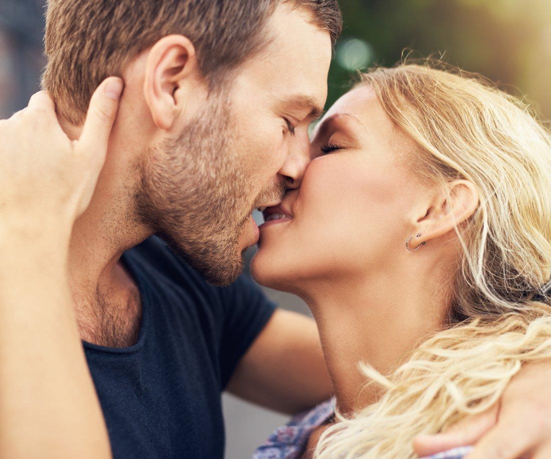 was macht männer an beim küssen