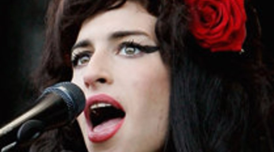 Amy Winehouse mag auch Frauen