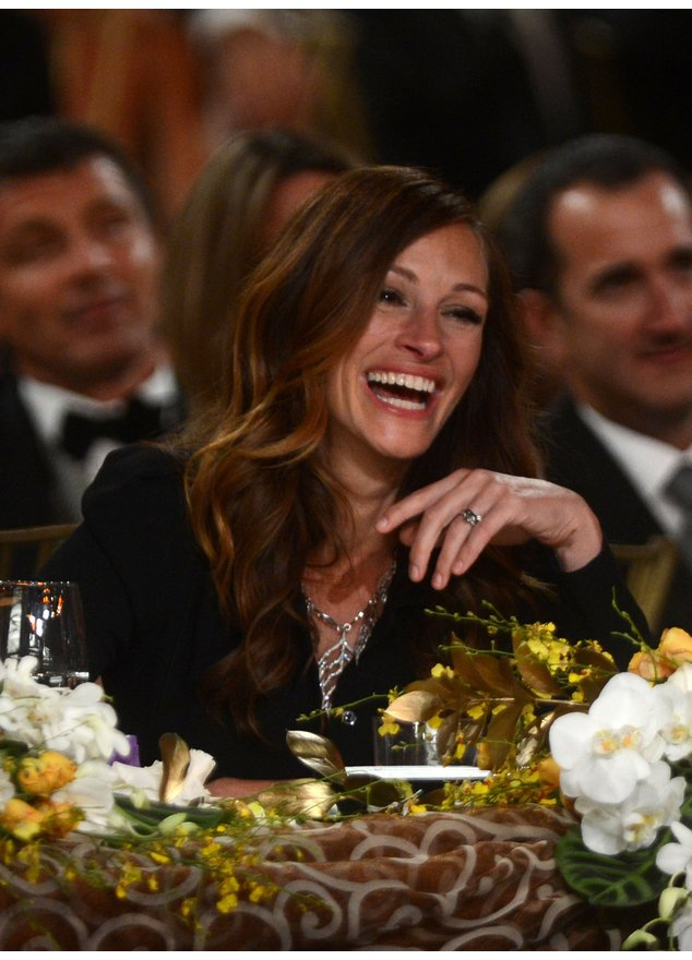 Julia Roberts lacht.
