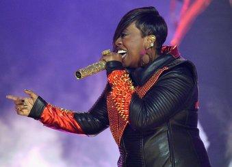 Missy Elliott mit ihren Pfunden