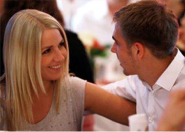 Philipp Lahm und seine Claudia: kirchliche Trauung