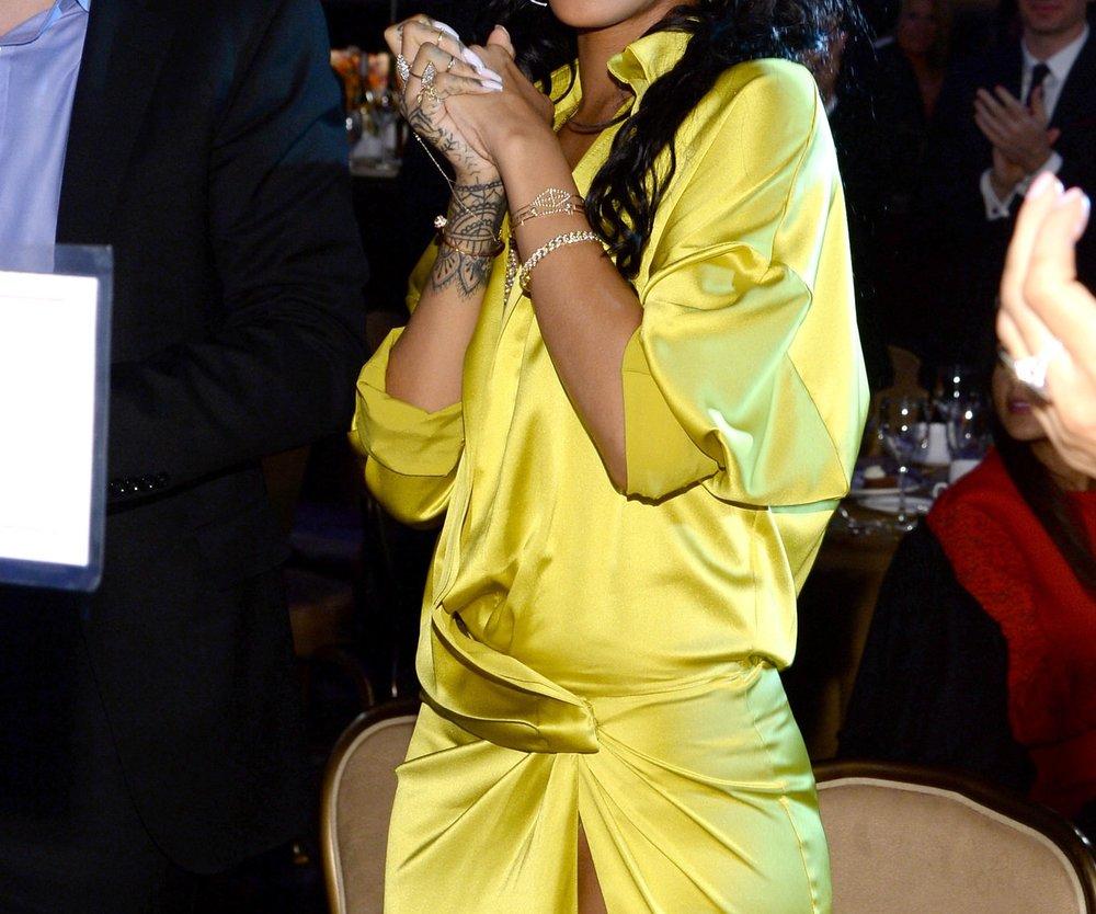 Rihanna wird von Drake zum Valentinstag überrascht
