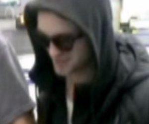 Robert Pattinson erfreut seine Fans.