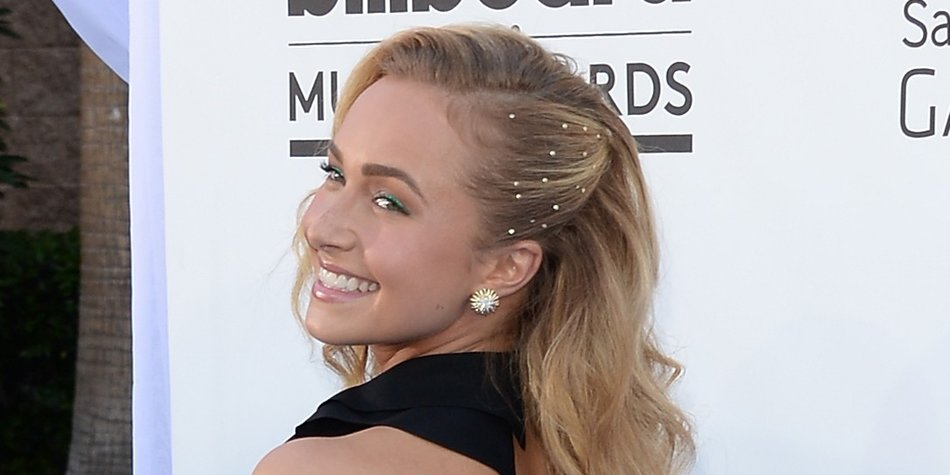 LAS VEGAS, NV - MAY 19: Actress Hayden Panettiere arrives at the 2013 Billboard Music Awards at the MGM Grand Garden Arena on May 19, 2013 in Las Vegas, Nevada. (Photo by Jason Merritt/Getty Images)