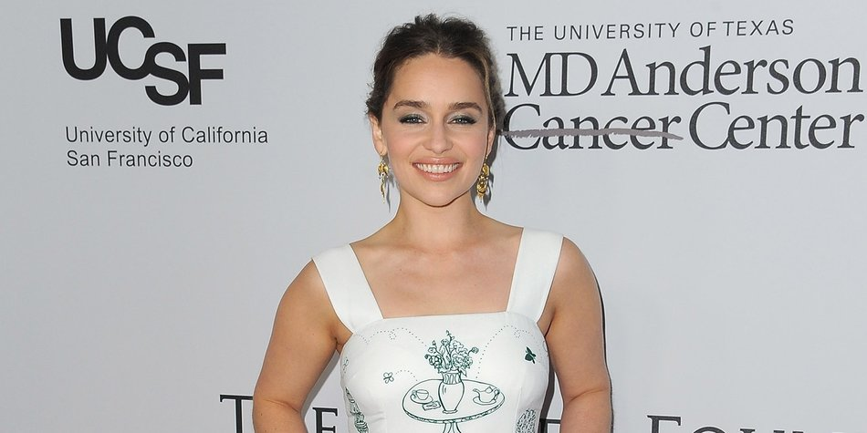 Actress Emilia Clarke attends the Sean Parker and the Parker Foundation celebration for the Launch of The Parker Institute for Cancer Immunotherapy, in Westwood, California, on April 13, 2016. / AFP / ANGELA WEISS (Photo credit should read ANGELA WEISS/AFP/Getty Images)
