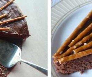 Schokoladenkuchen mit Salzstangen