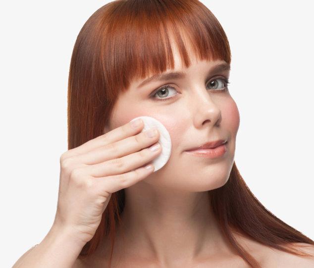 Fettige Haut ist der wohl am schwierigsten zu behandelnde Hauttyp