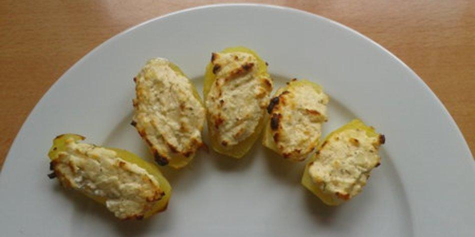 mit Feta überbackene Kartoffeln
