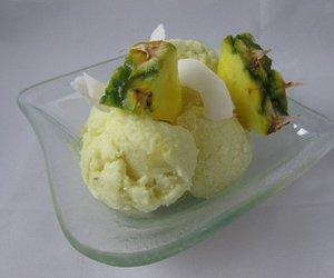 Ananas-Kokos-Eis