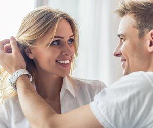 Körpersprache Mann Berührungen